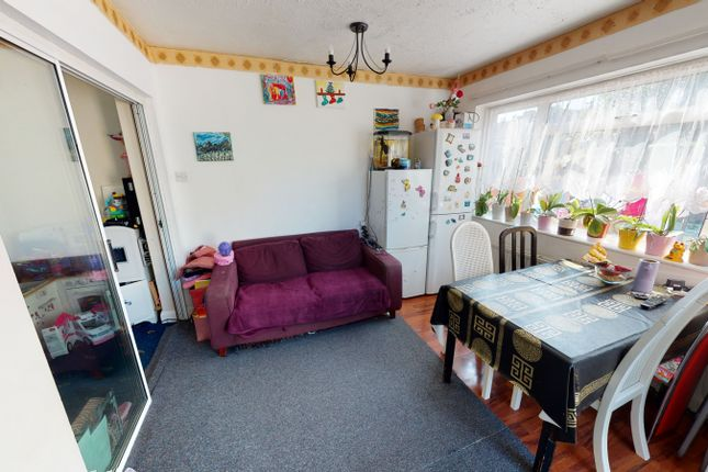 Thumbnail Semi-detached house to rent in Galliard Road, London