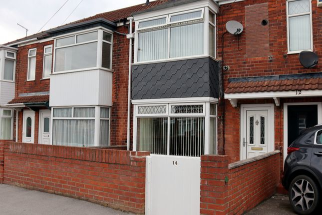 3 bed terraced house to rent in Eskdale Avenue, Hull, Yorkshire HU9