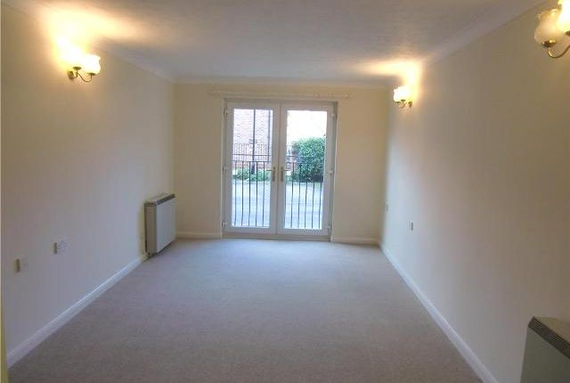 Thumbnail Flat to rent in All Saints Court, Church Side, Market Weighton, East Yorkshire