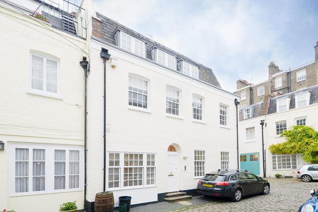 Thumbnail Mews house to rent in Eccleston Square Mews, London