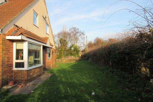 Thumbnail Detached bungalow for sale in Ittleworth Lane, Rossington