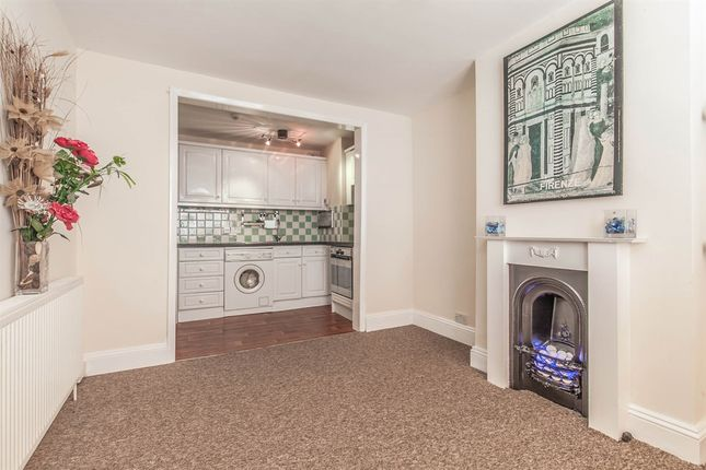 Thumbnail Flat for sale in Guildford Street, Brighton