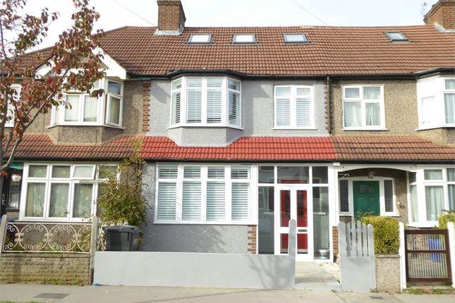 Thumbnail Studio to rent in Chartham Road, London