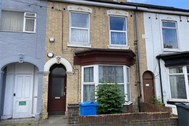 Thumbnail Flat to rent in De Grey Street, Hull