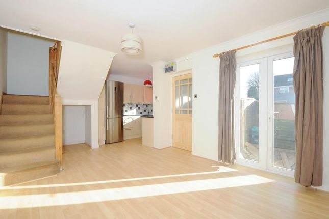 1 bed semi-detached house to rent in The Moors, Thatcham