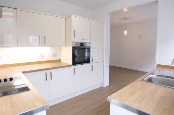 Thumbnail Flat to rent in Newton Road, Mumbles, Swansea
