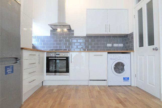 Thumbnail Flat to rent in Lansdowne Road, Tottenham