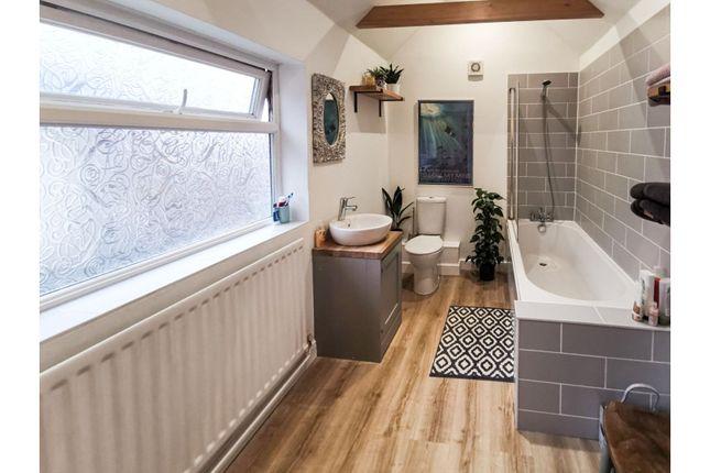 Bathroom of Methuen Street, Southampton SO14