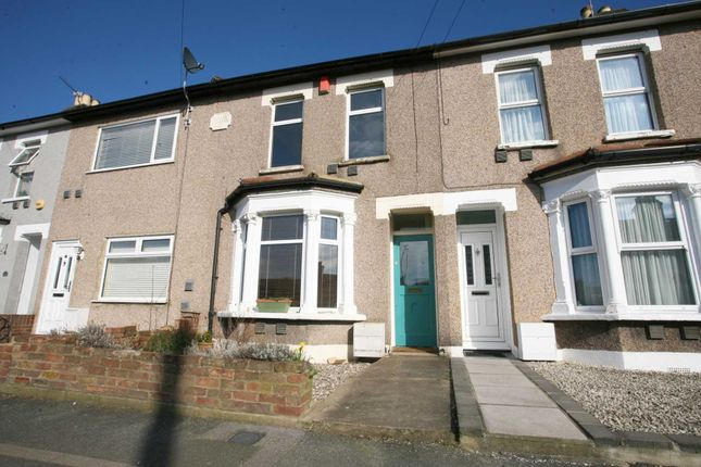 3 bed terraced house to rent in George Street, Romford RM1