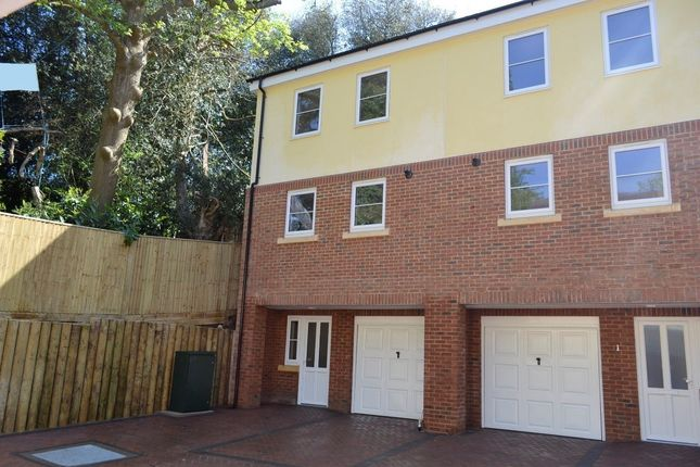 Thumbnail Property to rent in Gillsmans Coppice, Gillsmans Hill, St Leonards On Sea