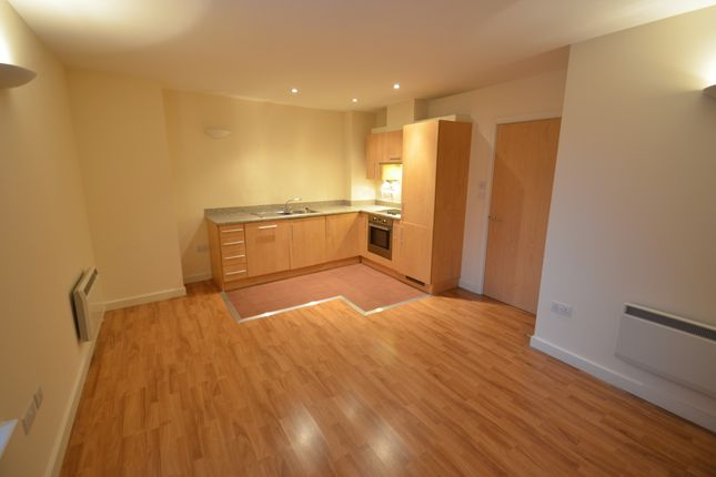 Thumbnail Flat for sale in Queens Road, Nottingham