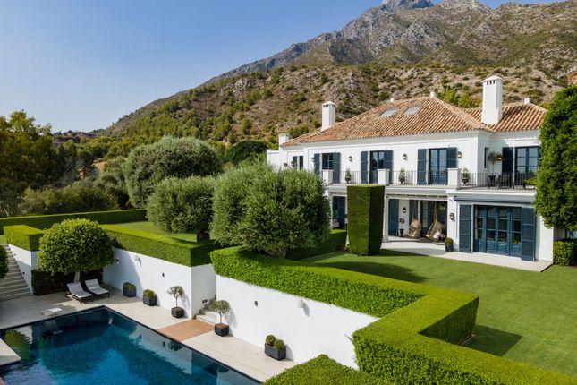 Thumbnail Villa for sale in Los Picos, Marbella Golden Mile, Marbella