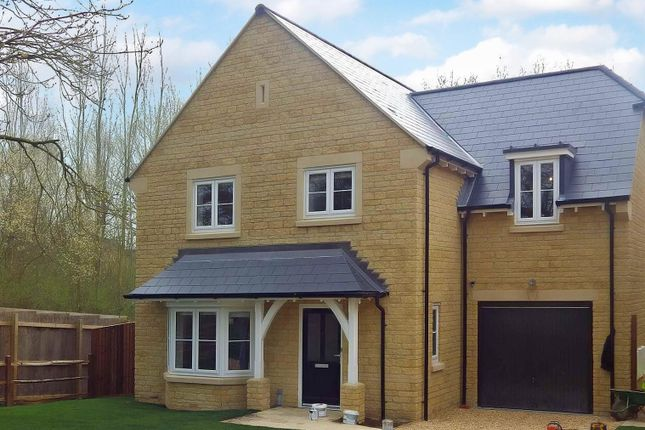 Thumbnail Detached house to rent in Woodstock Road, Witney, Oxfordshire