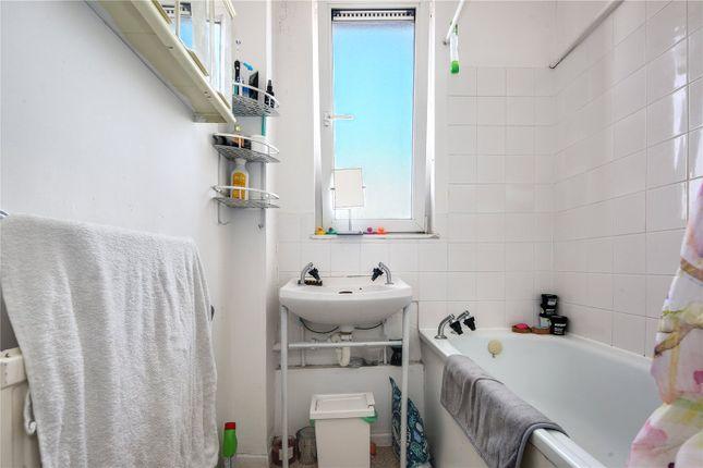 Bathroom of Crane House, 350 Roman Road, London E3