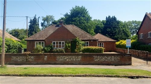 Thumbnail Detached bungalow to rent in Church Road, Little Marlow, Marlow