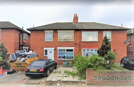 Thumbnail Semi-detached bungalow to rent in High Street, Lonon