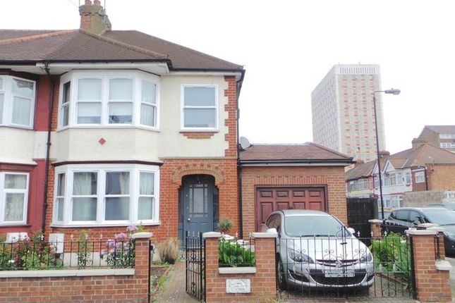 Thumbnail Terraced house for sale in Cavendish Road, Edmonton