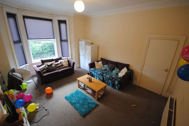 Thumbnail Terraced house to rent in 89 Victoria Road, Hyde Park