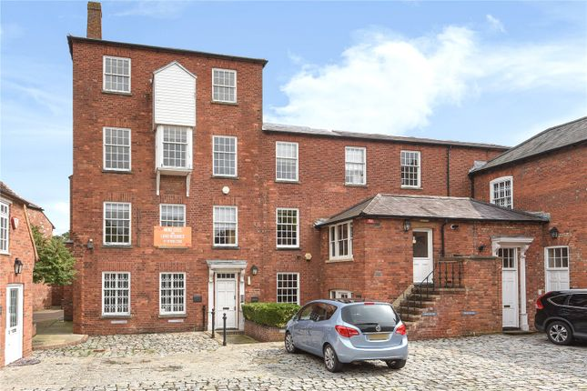 Thumbnail Flat for sale in Brewery Court, Theale, Reading
