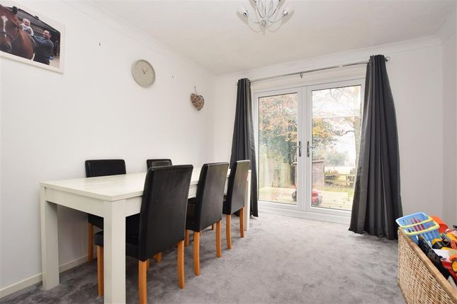 Thumbnail Detached house for sale in Ridgeway Close, Heathfield, East Sussex