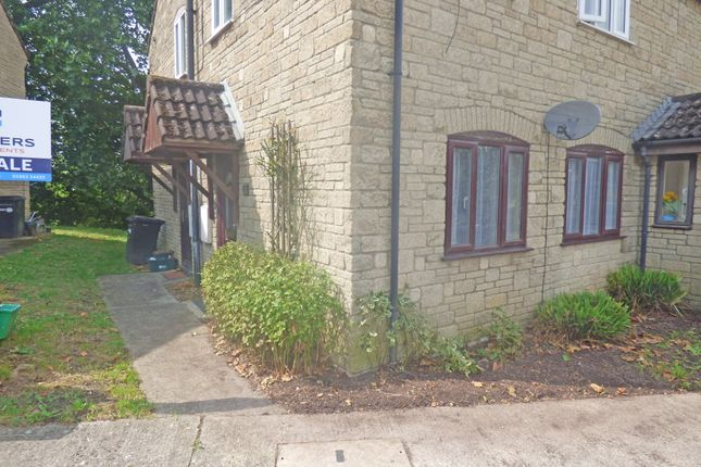 Thumbnail Flat to rent in Cavalier Way, Wincanton
