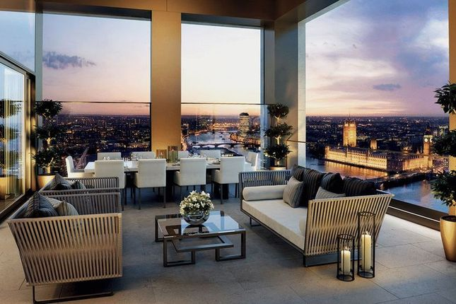 Sitting Room of Luxurious Riverside Apartment, Belvedere Gardens, London SE1