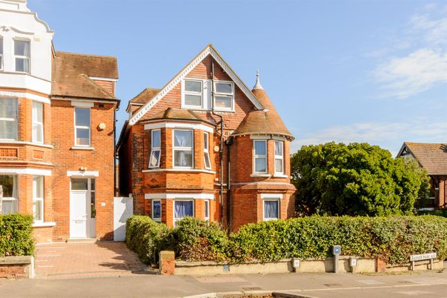 Thumbnail Detached house for sale in Radnor Park Road, Folkestone, Kent