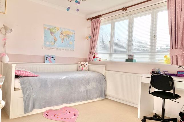 Photo 2 of Forge Drive, Claygate, Esher KT10
