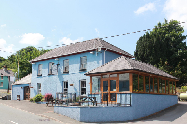 Thumbnail Pub/bar for sale in Ceredigion/Teifi Valley Country Inn SA48, Llanwnnen, Ceredigion