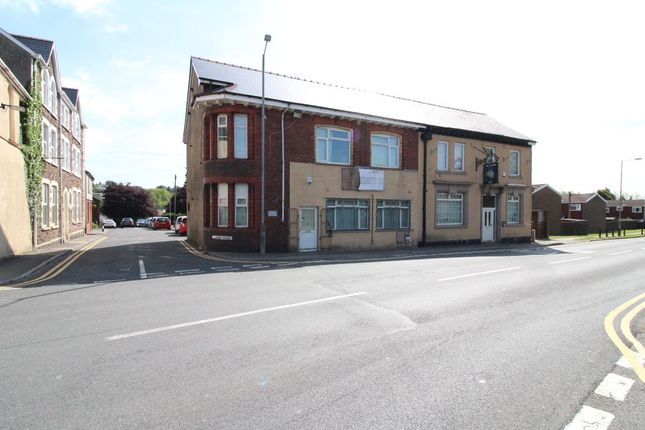 Thumbnail Flat to rent in Commercial Road, Talywain, Pontypool