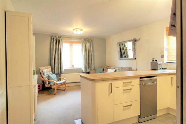 Picture No. 12 of Platinum Apartments, Silver Street, Reading, Berkshire RG1