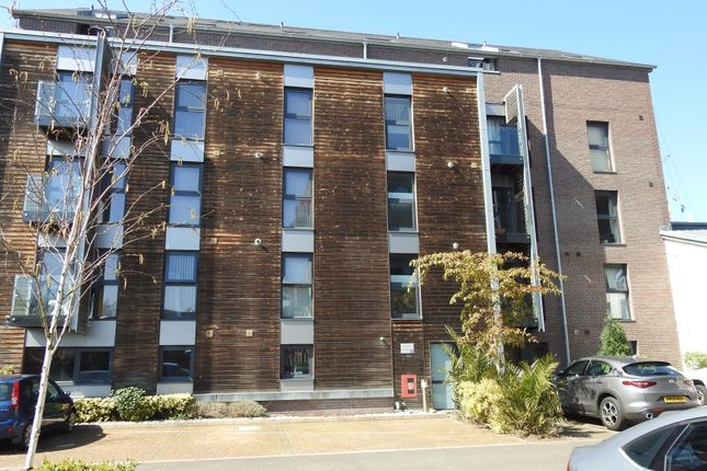 Thumbnail Flat to rent in Gas Ferry Road, Bristol