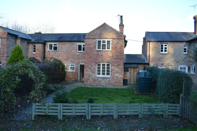 Thumbnail Cottage to rent in Chapel Hill, Woolsthorpe, Grantham