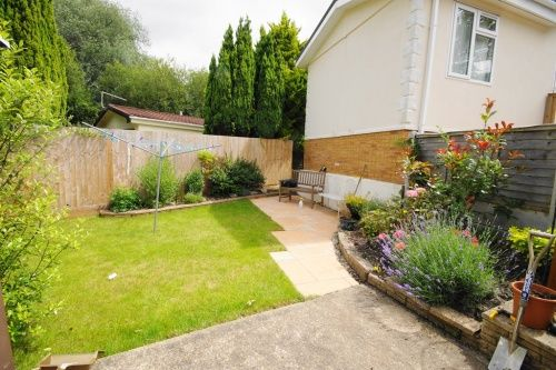 Wheatplot Park Homes Bournemouth BH10 2 Bedroom Mobile