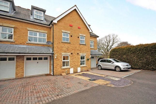 Thumbnail Town house for sale in Wheelers Meadow, Bursledon, Southampton