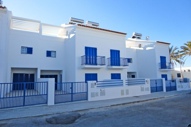 4 bed town house for sale in Manta Rota, Vila Real De Santo António, Portugal