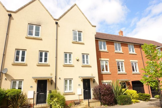 Thumbnail Town house to rent in St Helena Avenue, Newton Leys, Milton Keynes