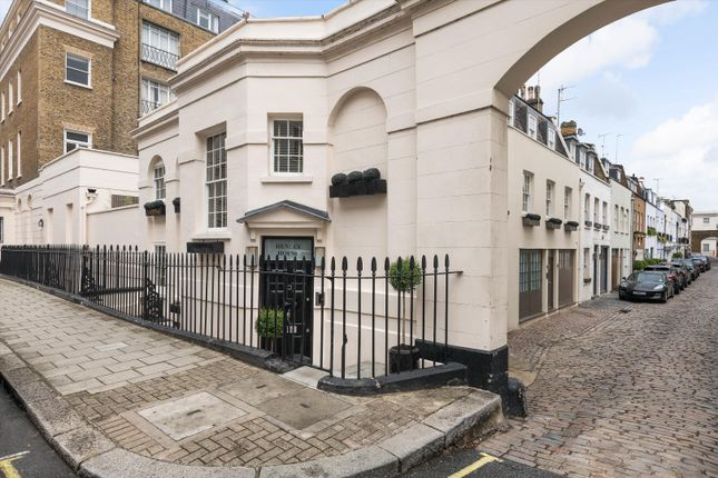 Thumbnail Terraced house for sale in South Eaton Place, London