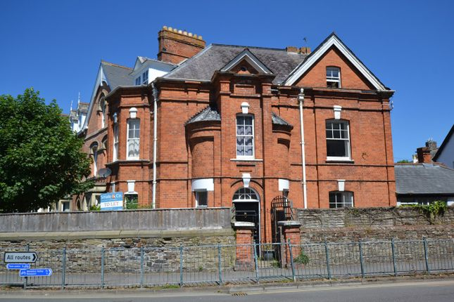 4 The Gables, Albert Villas, Barnstaple EX32