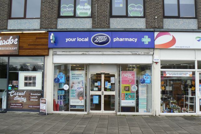 Thumbnail Retail premises to let in 11 The Parade, Frimley, Camberley