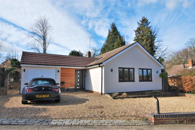 Thumbnail Detached bungalow to rent in Valley Road, Henley-On-Thames