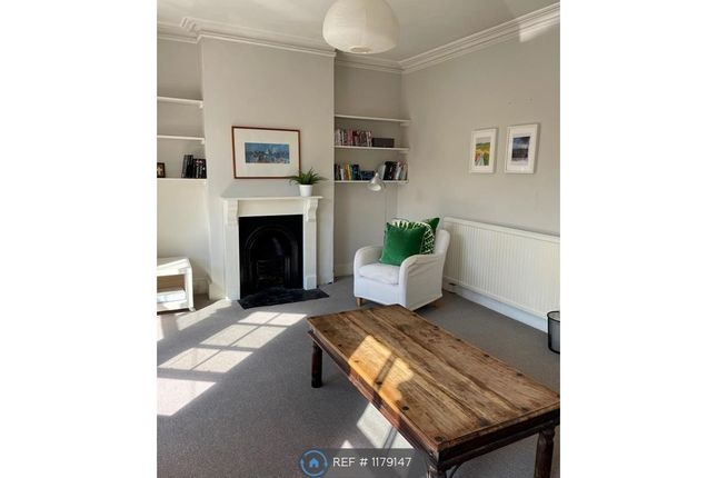 3 bed terraced house to rent in Coliston Road, London SW18