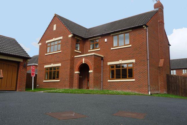 4 bed detached house to rent in Brockhurst Lane, Dickens Heath, Solihull, West Midlands B90