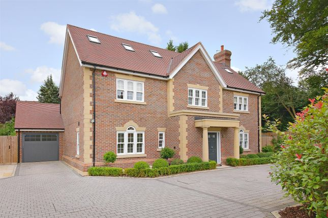 Thumbnail Property to rent in Gills Hill Lane, Radlett