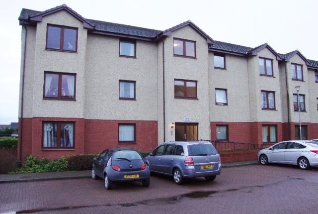 Thumbnail Flat to rent in Goldcrest Court, Wishaw, North Lanarkshire, 0Je