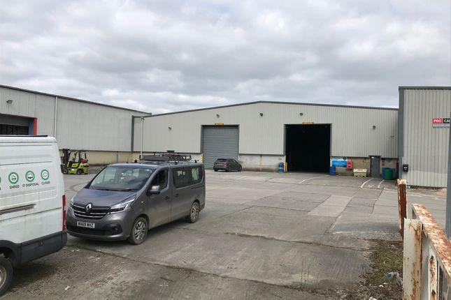 Industrial to let in Quarry Crescent, Launceston