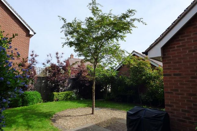 Photo 9 of 8 Sayers Avenue, Malvern, Worcestershire WR14