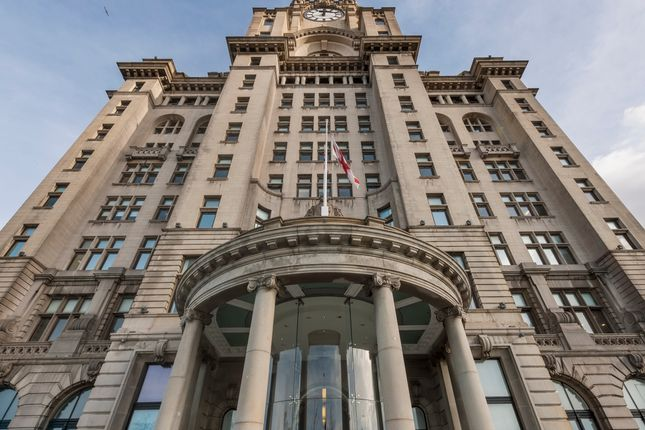 Thumbnail Office to let in Royal Liver Building, Pier Head, Liverpool