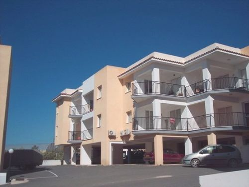 2 bed apartment for sale in Excellent Location - Tourist Area, Paphos, Cyprus