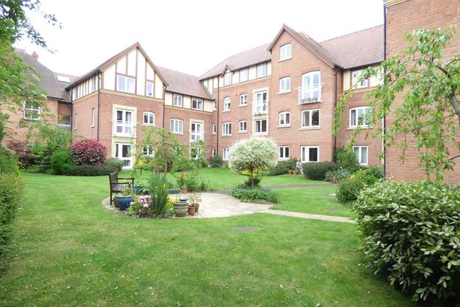 1 bed property for sale in Santler Court, Flat 31, 207 Worcester Road, Malvern, Worcestershire WR14